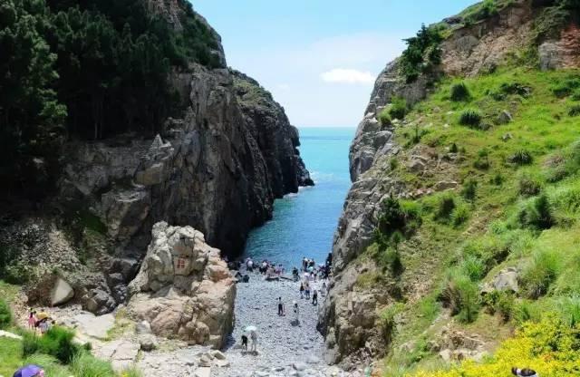 全国最大的海滨浴场之一 地址:平潭岛东部海坛湾